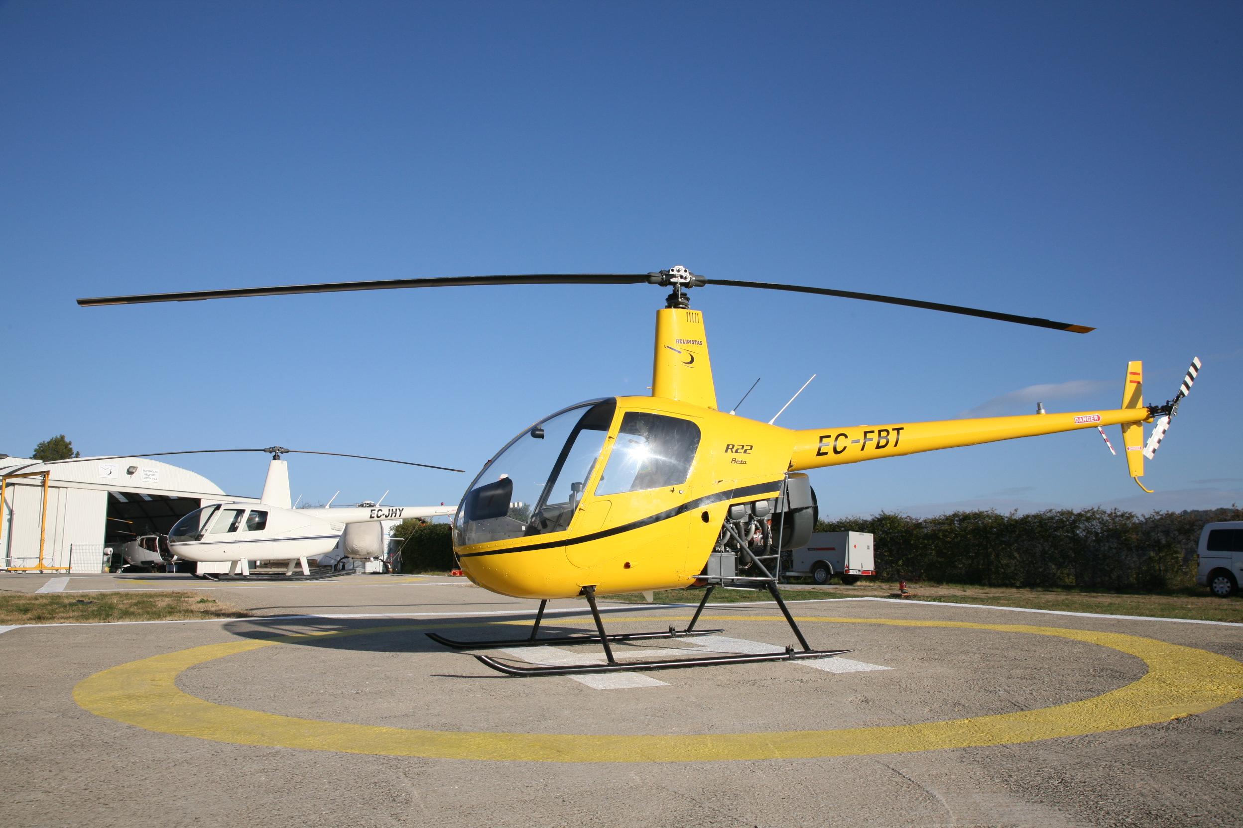 escuela pilotos helicoptero